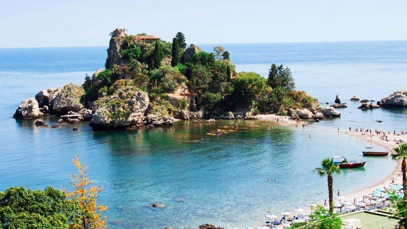 isola bella, giardini naxos